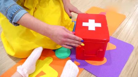 可爱萌娃:萌娃小可爱们玩耍的时候安全第一哟!萌娃:宝宝以后会更加小心的