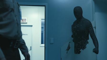2020高分科幻惊悚片《隐形人》看不见的恐惧。