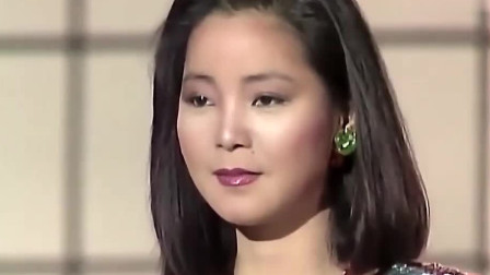 乐坛歌后邓丽君用日语演唱,太好听了,还是经典歌曲有味道