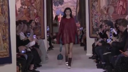 2020纽约时装周Lanvin品牌时装秀,美女模特一出场就是焦点