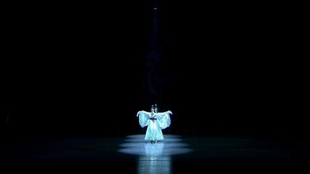 《采薇》编舞和领舞吴莎的新作,古典舞《汉乐对影》,如梦如幻!