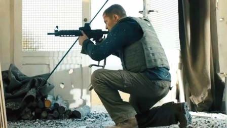 退役特种兵为保护证人,一人对抗警察和杀手的追击,硬汉动作片