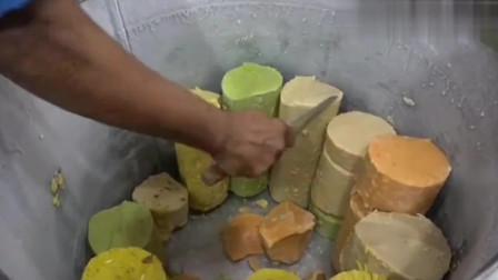 印度特色街头小吃,七彩冰淇淋,纯手工切割,看着真想吃!