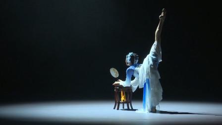 前途无量!舞者自编自导自演一个桃李杯作品,中国古典舞《锦瑟》