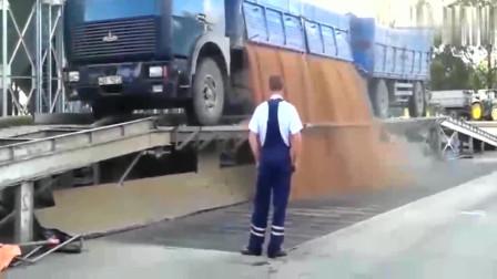 德国到底有多先进看看这货车卸货方式,设计的太人性化了!