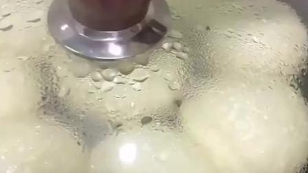 在家如何做美食,奶香蜜豆包