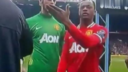 足球场上让人愤怒的种族歧视!