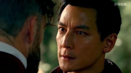 第一部中国人主演的美剧:吴彦祖带着刚出生的儿子遭刺杀