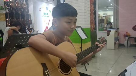 《童年》欧楚明同学学习吉他视频