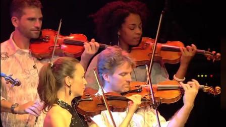 詹姆斯·拉斯特乐队演绎的《往日情怀》,同名电影主题曲