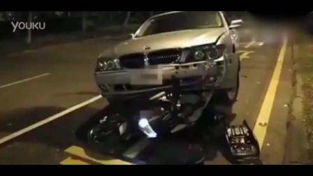 机车摩托:当宝马740撞上杜卡迪大魔鬼,摩托车维修费用吓宝马车主一跳!