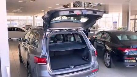 终于等到奔驰的这款车, 新SUV比宝马X3酷, 内饰让奥迪Q5汗颜