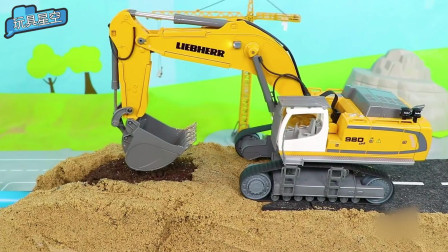 儿童沙滩工程车挖掘机玩具车沙土辛苦劳作