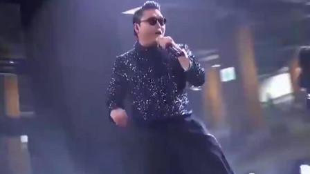 鸟叔《江南Style》嗨爆全场,演唱会现场万人蹦迪,场面瞬间沸腾!