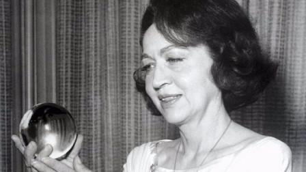 """她被称为天才""""预言家"""",真实度堪比玛雅预言,临死前曾预言中国"""