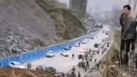 网传湖南怀化某高速路段发生塌方