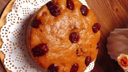 红糖大枣发糕的做法,简单易学软糯香甜,不用烤箱,上锅蒸就可以