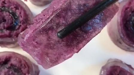 九零后美食 紫薯减脂怎样做更好吃呢?配上一杯芒果汁