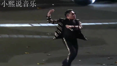 鸟叔《江南style》带领数百人跳骑马舞,场面劲爆,嗨翻全场