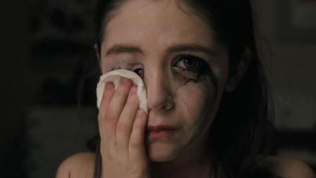 收养女孩后命案不断,直到最后一刻,她才露出魔鬼本性《孤儿怨》