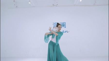 经典戏曲《浔阳遗韵》,老师手中的团扇也太精致了!