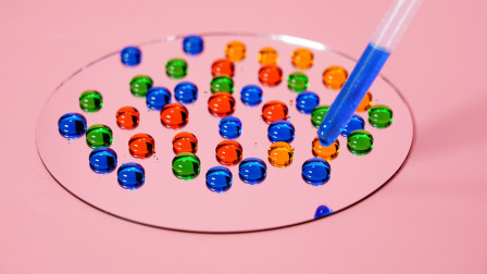 魔力科学小实验,这面镜子好神奇,水滴上去就变珠子了?