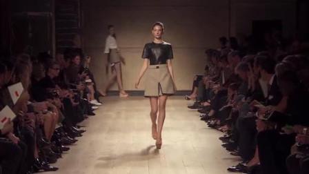 时尚  Celine 春夏 女装 高清 秀场 简于形 精于心 极简干练的Celine女郎