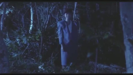 香港经典影视:女上司破釜沉舟!与其被树林里的蛇咬,不如让帅哥僵尸咬