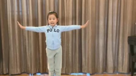 上海市中小学网络教学课程 一年级 体育与健身:武术(一)基本功(一):基本动作(二)
