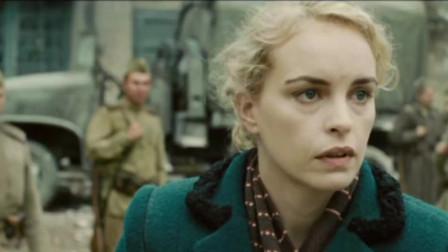 女记者来找少校,让士兵们刮目相看,女士兵嫉妒了