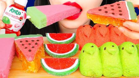 """美女吃甜食大餐,都是""""西瓜""""造型的,看着就很心动"""