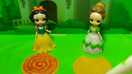 白雪太认真,不管能不能嫁给王子都要好好做饼干,把饼干装饰图案