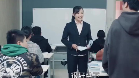 陈翔六点半:论学习的重要性!猪小明因不会英语面临危险?值得一看!