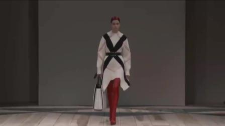 Alexander McQueen 2020-2021 秋冬新款成衣秀