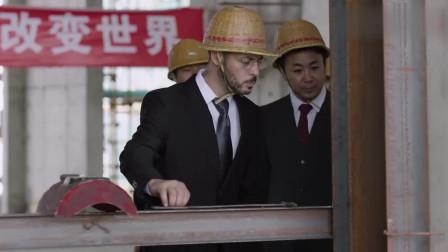 男子的焊工技术被外国老板认可,当场就被升职加薪了