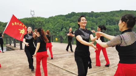 三步踩《秋梦》-湘衡水兵舞吉特巴队母亲节户外活动系列