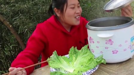 胖妹用土鸡搞新吃法,不加一滴水,味道馋到流口水