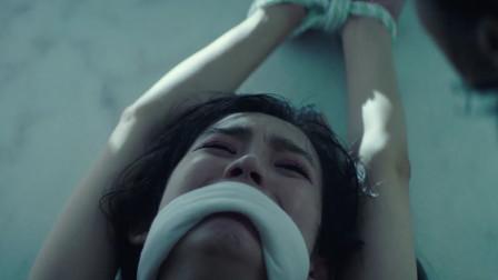 韩国犯罪片《抓住救命稻草的野兽们》完美诠释人为财死鸟为食亡