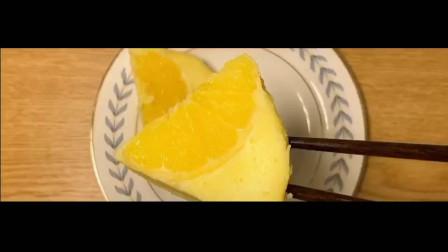 橙香酸奶蛋糕, 有一股橙子的清香, 很诱人