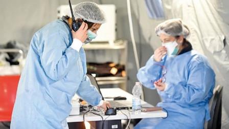 美国大量医护人员罢工,当地请求中方支援,中国态度很明确