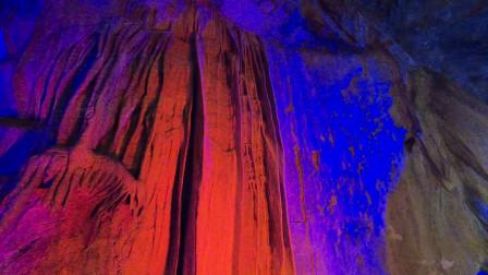 辽宁本溪望天洞名字的由来,钟乳石100年长一厘米,洞内气温常年四度,会有生物吗?