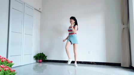 老歌新跳《莫名我就喜欢你》深深的打动你 洋气动感网红舞