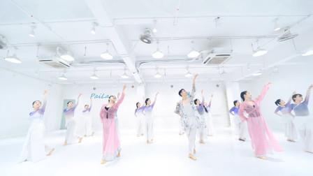 郭老师综合舞姿身韵组合,一招一式都很美,看完无不想学的!