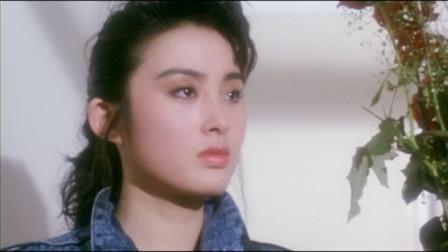据说张敏为拍这片牺牲很大,帮钟楚红还债牺牲自己,实在惹人怜!