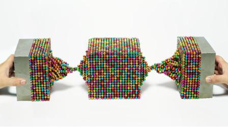 1万个巴克球VS两块钕磁铁会发生什么?小哥亲测,结果傻眼了!