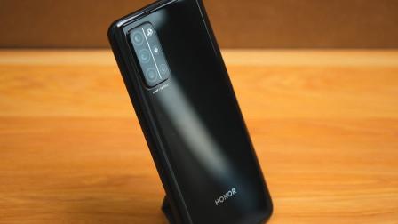 荣耀30S简评:一款适合推荐给长辈的2000档5G手机