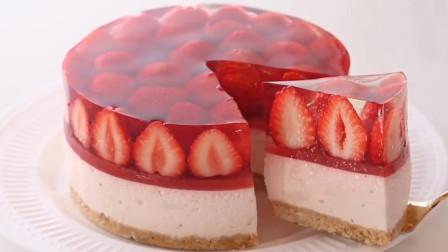 """教你在家自制""""草莓果冻蛋糕"""",无需烤箱,Q弹爽滑一学就会!"""