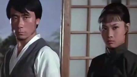 日本武士害死师父师弟,女侠踢馆大开杀戒,谁说女子不如男