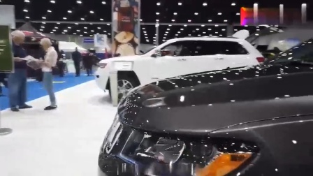 2020款Jeep指南者Latitude版亮相, 外观和内饰详细实拍