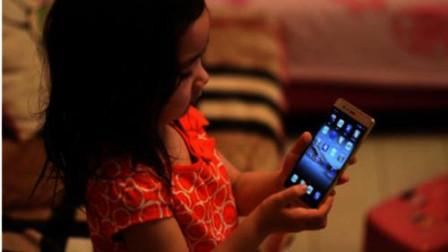 孩子玩手机上瘾怎么办?不用打也不用骂,3个方法让孩子远离手机